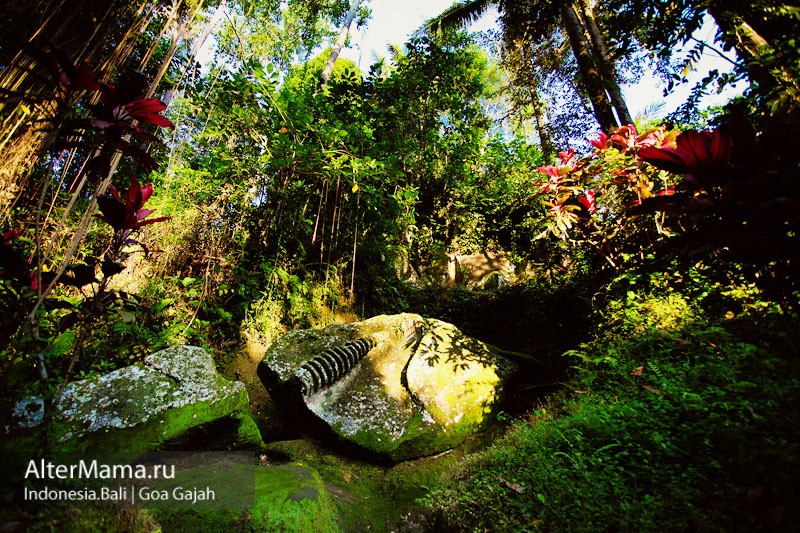 Город Убуд Бали храмы