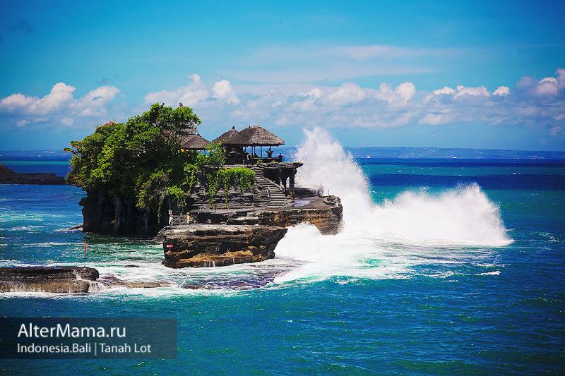 Храмы острова Бали Пура Танах Лот фото