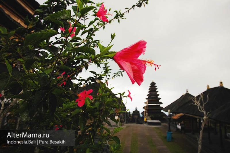 Достопримечательности Бали - Пура Бесаких храм матерь
