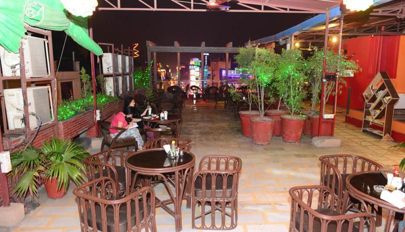 Хорошие отели в Дели Мейн Базар фото