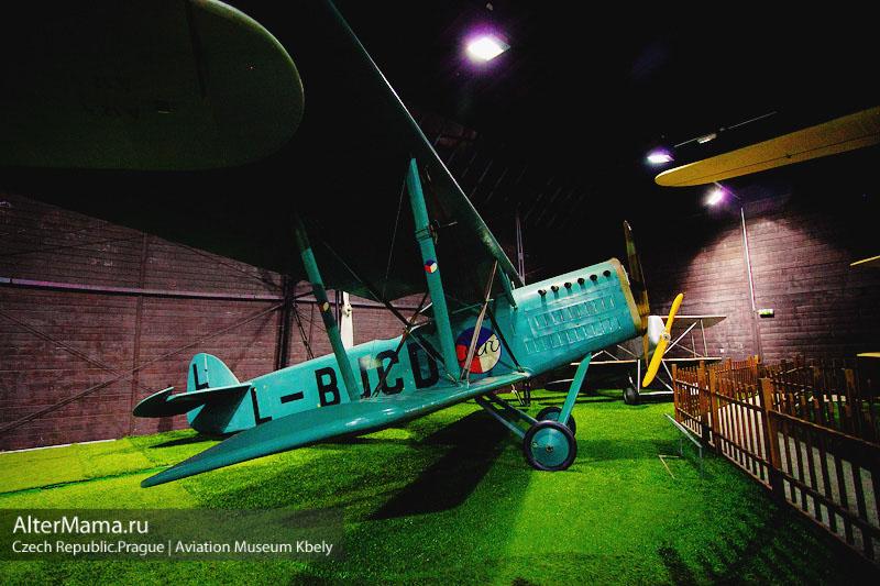 Музей авиации в Праге фото