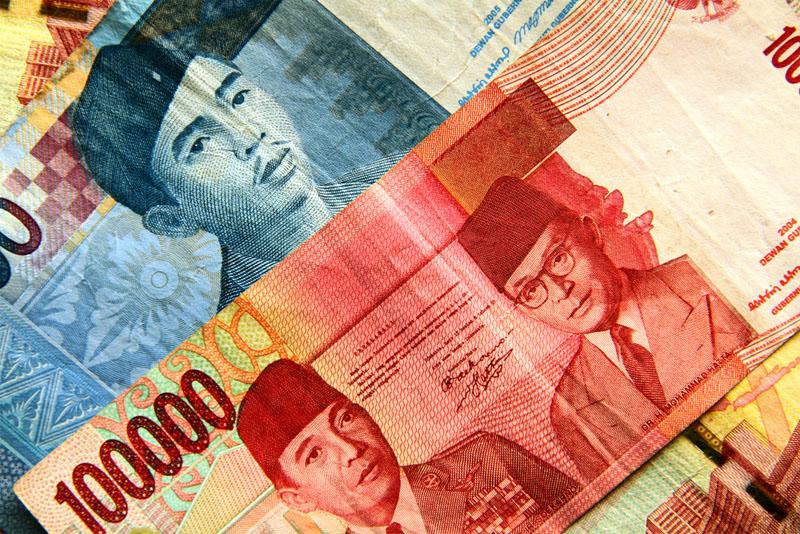 Деньги Индонезии фото