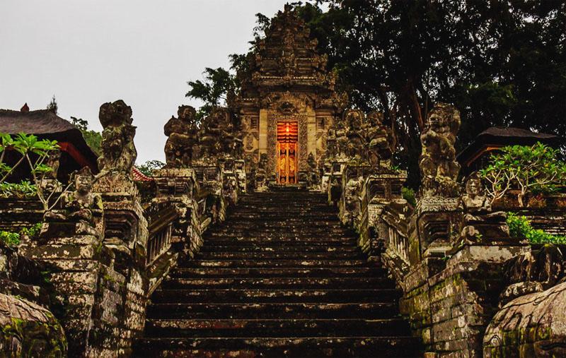 Отзывы про знаменитые храмы Бали и храмы Бали на карте