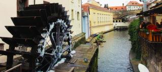 Река Чертовка в Праге, мост влюбленных, водяная мельница на карте