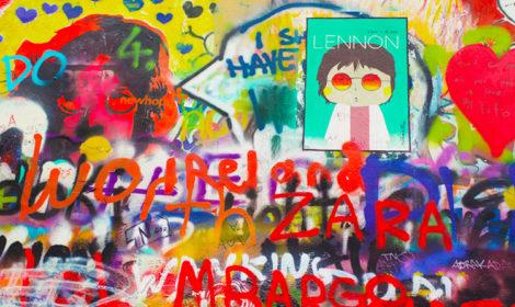 Стена Леннона в Праге на карте