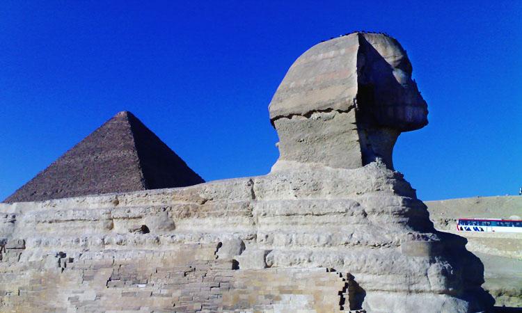 Египетские пирамиды на плато Гиза и Каирский музей