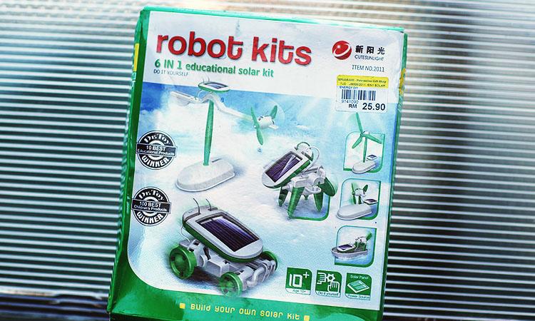 Опыты для детей - солнечная энергия. Роботы игрушки на солнечных батареях.