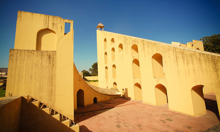 Джантар Мантар Джайпур - обсерватория махараджей.
