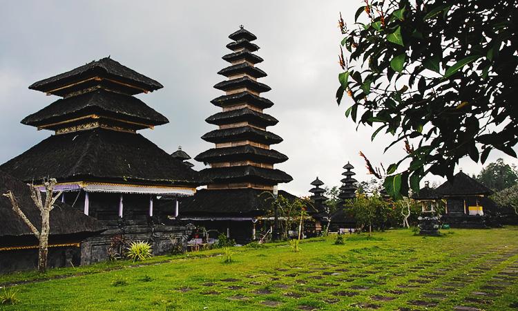 Главные храмы Бали Пура Бесаких на карте. Храмы на Бали Pura Besakih как добраться.