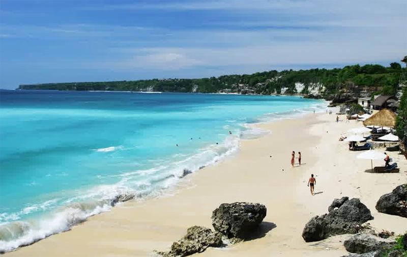Самые лучшие пляжи Бали для купания с детьми Гегер Нуса Дуа