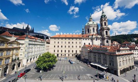 Малостранская площадь в Праге история и достопримечательности