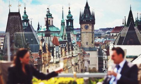 Открытые террасы ресторанов Праги с хорошим видом