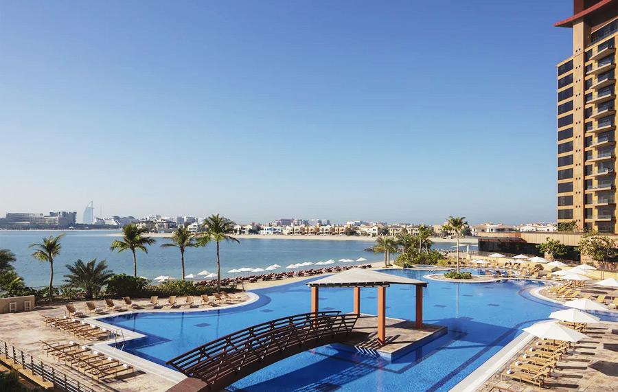 Недорогие отели со своим пляжем в Дубае