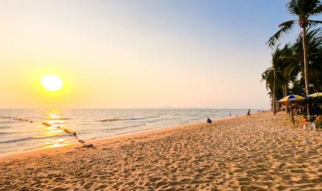 О пляже Донгтан бич в Таиланде