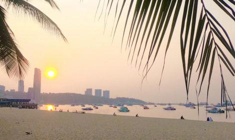 Честный отзыв про пляж Паттайя бич и фото